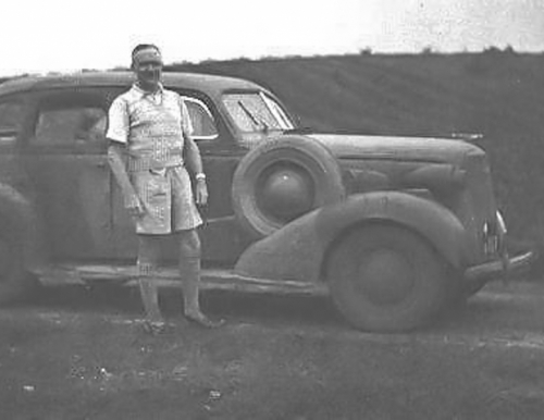 19380601 U750 George Ward 1st Owner - founder Tanganda Tea Estates 1936 Chrysler Chipinge Southern Rhodesia