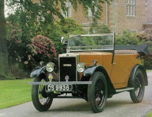 19930901 DS9936 Concours Morris 1929 by Sports & Classic Magazine Willington Hall Chester England