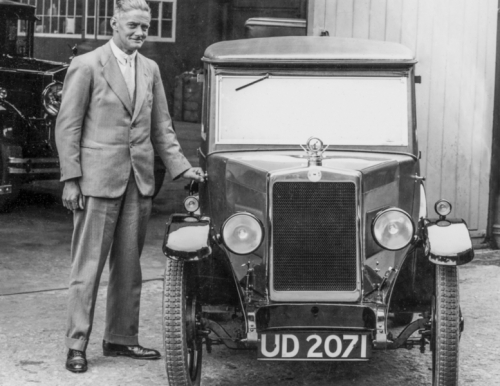 19280701 William Morris with Fabric Minor Saloon Prototype UD2071c